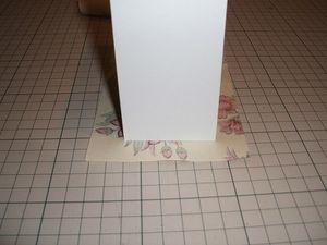 布ⅰの上下スタートに15㎜ほどのりしろを取り順に箱の外周に貼る。