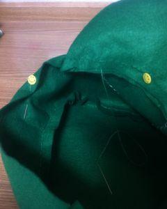 縫い代を内側に折りこみ、一周縫う。