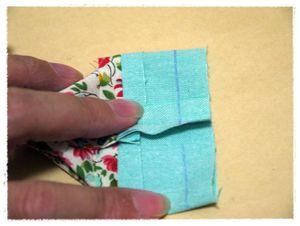 9で合わせた部分を、縫い代1㎝で縫います。